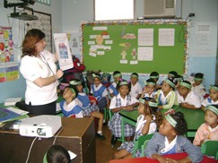 image:Panama: Teaching the importance of environmental conservation to children at a local elementary school