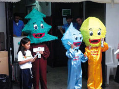 image:El Salvador: Inviting employees' children to the office to raise their environmental awareness