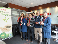 image:Chile:The employees carried the Peumo plants home to plant them in their garden.